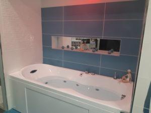 photo d'une salle de bain zen la salle d'exposition de Partedis.